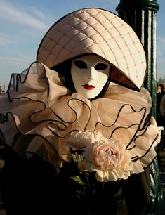 Taken at the Carnival in Venice, Italy in January Carnival Of Venice, Carnival Masks, Carnival Costumes, Costume Venitien, Carnival Outfits, Caribbean Carnival, Carnival Festival, Mardi Gras Costumes, Venetian Masks