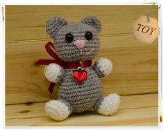 Amigurumi Cat Doll : Amigurumi grey cat with fish necklace handmade by me~ crochet