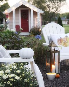 Throw pillows and candles are crucial  for outdoor cozy too. #cozy #falldecor #outdoorliving #autumn #sheshed #cozyhome #evening