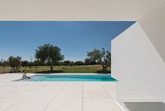 Five #Terraces & a #Garden in Vilamoura The #terrace was the #prodigy of the #house in it the #wind passed. I had started to #discover the body and had the #light for confident.  Eugénio de Andrade (famous #Portuguese writer) Branco no branco contra a obscuridade  #Architecture: Corpo Atelier Constructor: Window to the #Future  Photography: Ricardo Oliveira Alves  2015 A #golf course is limited by empty plots for detached #houses and scattered trees of various types and heights. At the…