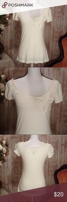 Summer Max Studio Top Small Cream Ivory Flower Beautiful top by Max Studio, Size Small, new without tags, cream color, flower design at the top, flowy stretchy style, sleeves can be pulled down for off shoulder look, perfect for spring and summer! Approx length from top to bottom, 24 inches. Max Studio Tops