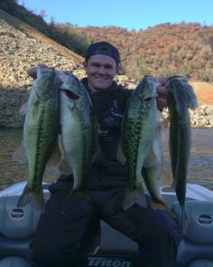 Not bad for Oroville! I know there's bigger out there, just couldn't find the largies. These ones were caught rolling Keitechs in 15-25ft.