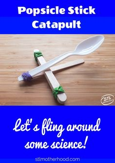 We mix STEM with FUN when your kids make this simple catapult from Popsicle craft sticks rubber bands and plastic spoon. Catapult Craft, Catapult For Kids, Popsicle Stick Catapult, Popsicle Stick Crafts For Kids, Popsicle Sticks, Fun Crafts For Kids, Craft Stick Crafts, Diy For Kids, Craft Sticks