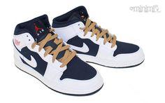 Nike aux couleurs de la Dream Team des JO de Barcelone : ça donne la Nike Air Jordan 1 Phat Olympic !  #basket #nike #enfant #jordan #JO
