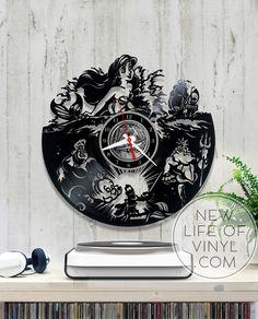 The Little Mermaid vinyl record clock, walt disney, wall clock kids gift 096 Old Vinyl Records, Vinyl Record Clock, Record Art, Minion Room Decor, Minion Party Supplies, Disney Clock, Record Crafts, Mermaid Bedroom, Scroll Saw Patterns Free