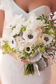 n anemone, rose, sweet pea, and jasmine vine bouquet by KLF Floral (photo by Stephanie Williams) Emily Plans a Wedding: Bouquet Inspiration - Southern Weddings Fall Wedding Dresses, Floral Wedding, Wedding Bouquets, Wedding Flowers, Anemone Wedding, Spring Wedding, Garden Wedding, Bodas Shabby Chic, Anemone Bouquet