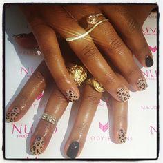 Melanie Fiona's nails