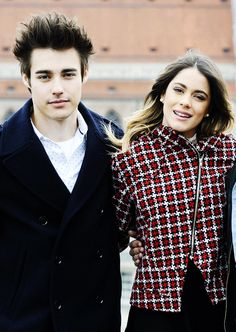 Images and videos of jortini Violetta And Leon, Violetta Live, Violetta Outfits, Laura Marano, Disney Shows, My Prince Charming, Tv Couples, Idol, Fashion Couple