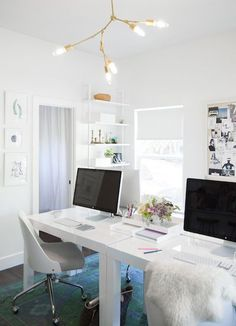 Inside the office of Blogger + Event Planning Extraordinaire @Camille Blais Blais Styles Inc! #officeinsider #workhappy