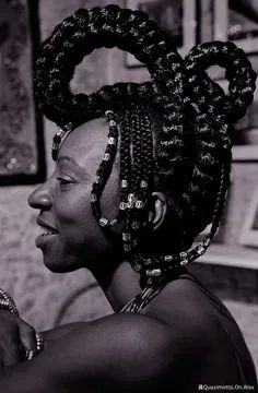 African Braids Styles, Braid Styles, African Hairstyles, Afro Hairstyles, Afro Hair Art, Skin Girl, Style Afro, Braids With Beads, African Culture
