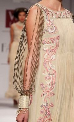 Rohit Bal I love the flowing style of the dress and the pattern. Not so much the sleeve. Couture Details, Fashion Details, Fashion Design, Style Fashion, Indian Fashion, High Fashion, Womens Fashion, Indian Dresses, Indian Outfits