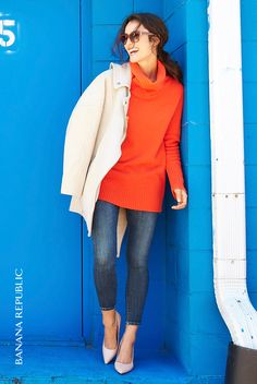 Say hello to fall with a pop of burnt orange. This cozy oversized turtleneck sweater is perfect over skinny jeans with pumps or under your favorite cold weather coat.