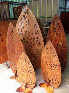 Freestanding Leaves - PO Box Designs, Ballarat. Great garden architecture