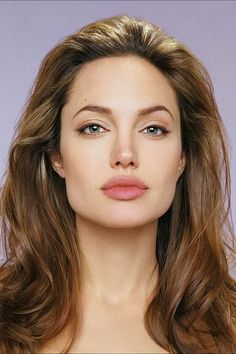 Angelina Jolie Direct 'Captain Marvel' Or 'Wonder Woman' Smart Women of the Week: Angelina Jolie. Aside from her acting, Angelina is a great humanitarian! She has done countless amounts of charity work all a. Grand Front, The Face, Big Lips, Braut Make-up, Wonder Woman, Square Faces, Short Hair Cuts For Women, Jolie Photo, Strong Women