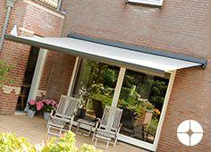 Een kwalitatief goed terrasscherm hoeft niet altijd duur te zijn. De Picca is hiervan het sprekende bewijs. Door de prijs-kwaliteitverhouding en het doeltreffend halfronde design, is de Picca al jaren één van de meest populaire terrasschermen.