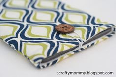 Kindle case tutorial // Crafty Mommy @Amy W, I think there's money to be made in this idea