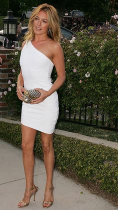 Cat Deeley- In my opinion, one of the most beautiful women in the world. Cool Outfits, Fashion Outfits, Womens Fashion, Fashion Clothes, Mode Inspiration, White Fashion, Sexy Dresses, Dress To Impress, Cat Deeley