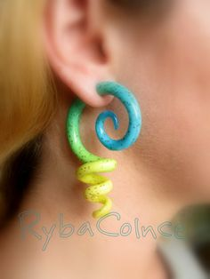 Fake ear tentacle gaugs - Faux gaugs/Gauge earrings/Tentacle plugs/tentacle earrings /spiral gauge/ fake piercing - Etsy.com- $29.83