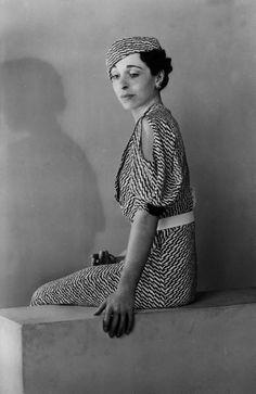 Vintage 1930s dress with striking print.