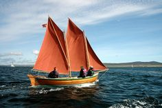 Classic Sailing, Classic Yachts, Classic Boat, Cool Boats, Small Boats, Sailing Dinghy, Sailing Ships, Small Sailboats, Wooden Boat Building