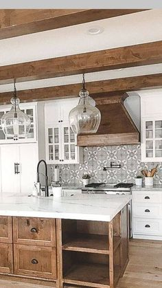 home accents rustic Mix of white and wood - rustic kitchen island design - April 27 2019 at Rustic Kitchen Island, Rustic Kitchen Decor, Home Decor Kitchen, Country Kitchen, New Kitchen, Kitchen Wood, Kitchen Ideas, Kitchen Islands, Kitchen Backsplash