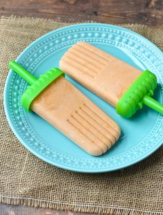 Healthy Orange Creamsicles are a great summertime treat - Greek yogurt makes them a great snack!