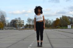 Are you wondering how you can rock #Momjeans? Then you should definitely check out my #Fashion #Blog!  #Fashion #Fashionblogger #Monki #MonkiStyle #Streetstyle #FashionInspiration