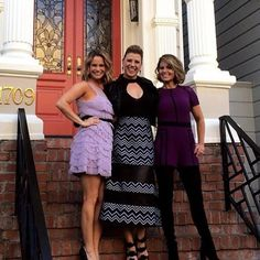 Andrea Barber, Jodie Sweetin & Candace Cameron On The Steps Of The Full House House Candace Cameron Bure, Fuller House, She Wolf, Ashley Olsen, 90s Kids, Beautiful Ladies, Looking Gorgeous, Barber, Actors & Actresses
