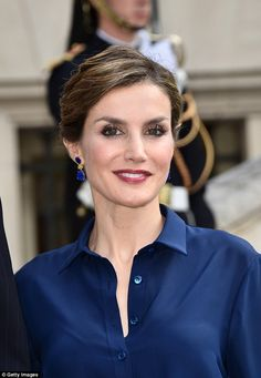 As well as changing her outfit, Letizia amped up her make-up with a slick of berry lipstick and dramatic lashings of mascara