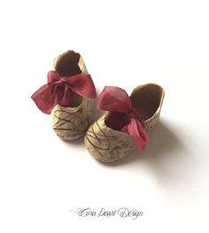Fatto a mano scarpe di bambole di carta in scatola decorativa - Script francese carta scarpe in miniatura - decorativo, scarpe e accessori, scarpe di bambola