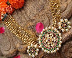 Gold Swirls Necklace Pearl Motif