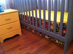 I sewed my own crib skirt for the twins' room and wrote up a crib skirt tutorial for anyone else wanting custom baby bedding. #sewing #nursery #tutorial #DIY