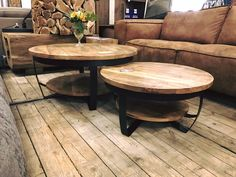 Ironwood Paras tables tables mango wood and Living Room Sofa, Living Room Decor, Round Wooden Coffee Table, Rustic Home Design, Coffee Table Design, Küchen Design, Living Room Designs, Home Furnishings, Interior