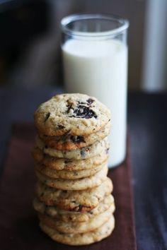 classic dark chocolate chip cookies