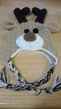 This darling hat would look adorable on your little one this winter. A great gift, photo prop, or accessory to your child's winter wardrobe. Only $15
