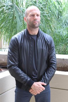Jason Statham serious and pensive looking Brown Leather Jacket Men, Classic Leather Jacket, Lambskin Leather Jacket, Vintage Leather Jacket, Leather Men, Leather Jackets, Jason Statham, Bald Men Style, Action Movie Stars