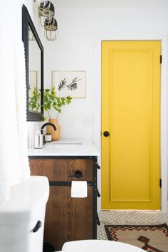 6 Satisfied Clever Ideas: Vintage Home Decor Accessories Woodland Creatures dark vintage home decor.Vintage Home Decor Bedroom Shelves vintage home decor kitchen paint colors.Vintage Home Decor Industrial Offices. Vintage Bathroom Decor, Vintage Bathrooms, Vintage Home Decor, Yellow Bathroom Decor, Colorful Bathroom, Yellow Home Decor, Bathroom Colors, Old Bathrooms, Yellow Bathrooms
