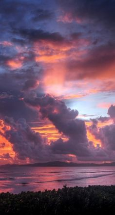 Clouds on the sea...love this picture