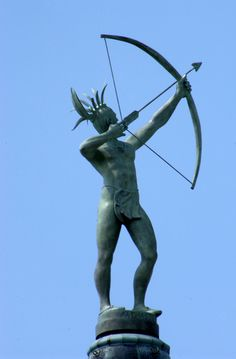 Ad Astra, by Richard Bergen, atop the Kansas State Capitol dome.