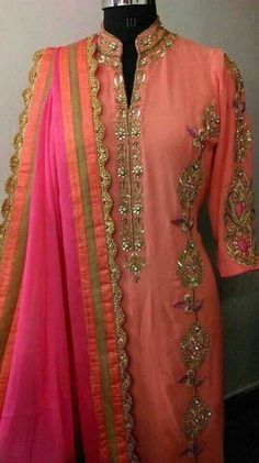NYC combination punjabi suit Shadi Dresses, Indian Dresses, Indian Outfits, Salwar Designs, Blouse Designs, Embroidery Suits Punjabi, Suits For Women, Clothes For Women, Sleeves Designs For Dresses