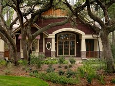 Craftsman style home with extra character...