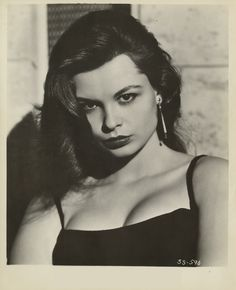 Susan Harrison Goodbye Baby, Old Hollywood Actresses, Gordon Parks, Somewhere In Time, Golden Age Of Hollywood, Mona Lisa, Singer, Actors