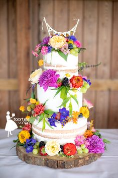 Fiesta Cake, Mexican Fiesta Party, Wedding Cakes With Flowers, Beautiful Wedding Cakes, Naked Wedding Cake, Festival Themed Party, Nake Cake, Foto Pastel, Quinceanera Cakes