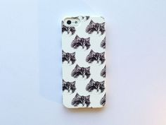 Hey, I found this really awesome Etsy listing at http://www.etsy.com/listing/114196467/cat-iphone-case-iphone-4-4s-kitty-cats