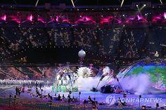 런던장애인올림픽 개막 : 세계를 감동시킬 또 하나의 축제, 2012런던장애인올림픽이 29일 오후(현지시간) 영국 런던 올림픽스타디움에서 축하공연을 시작으로 화려한 막이 올랐다.