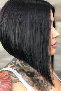 14 Stacked Bob Haircuts - 14 Stacked Bob Haircuts That Will Never Go Out of Style ~ Short Hairstyles - Asymmetrical Bob Haircuts, Stacked Bob Hairstyles, Short Bob Haircuts, Long Bob Hairstyles, Inverted Bob, Layered Haircuts, Hairstyles Haircuts, Braided Hairstyles, Wedding Hairstyles