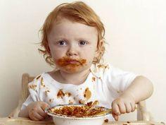Roupa suja com molho de tomate? #Nódoas_de_tomate #receitas #dicas #truques #cozinha #nódoas #tomate #bebés #água #detergente #loiça