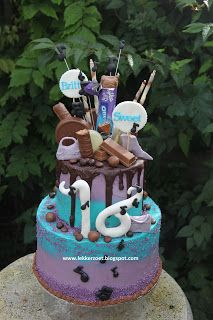 lekker zoet: Sweet 16 taart helemaal van chocolade...voor Britt...