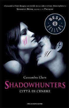 http://www.ilariapasqua.net/apps/blog/show/33099937-shadowhunters-citta-di-cenere-c-clare-2008