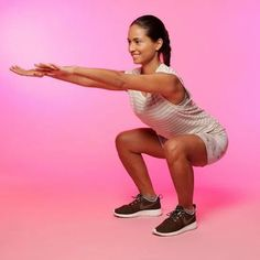 10 Booty-Blasting Exercises You Can Do At Home Fitness Tips, Fitness Motivation, Health Fitness, Squats Fitness, How To Do Squats, Stay In Shape, Looks Cool, Easy Workouts, Glute Workouts